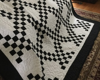 Quilt Irish Chain Black and White Queen with Black Border Ready to Ship