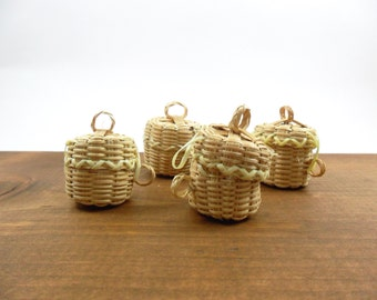 "4 Baskets w/Lid Miniature 1 1/2"" H x 1 1/4"" W"