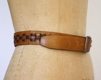 Retro Leather Two Tone Basketweave Belt