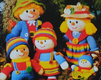 Scarecrow Family - Jean Greenhowe - Seven knitted dolls - Knitting Patterns