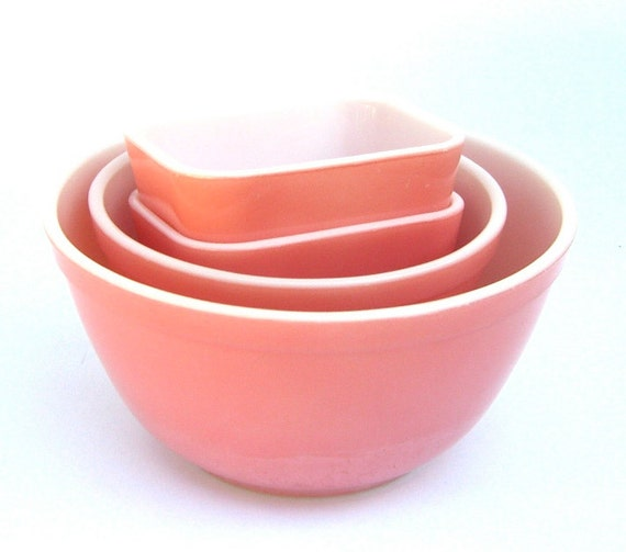 Vintage Kitchen Bowls: Vintage Pyrex Flamingo Pink Bowls Refrigerator Boxes Kitchen