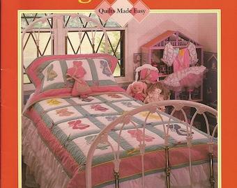 Oxmoor House Sunbonnet Sue's Neighborhood Quilt Book.