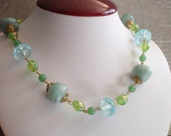 Blue Green Necklace Ocean Colors Acrylic Beads Gold Tone Metal Crackle Marble AB Vintage V0751