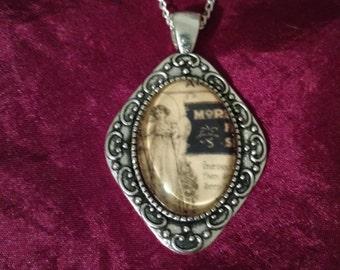 Handmade Memento Mori cabochon Necklace