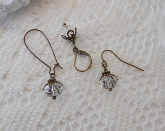 Bridesmaid Earrings, You Pick Ear Wire, Crystal Earrings, Vintage Wedding, Bridesmaid Jewelry Gift, Vintage Inspired Earrings, Crystal Clear