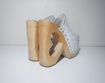 90s club kid wooden platform cut out heart wedge white leather studded clogs size 10