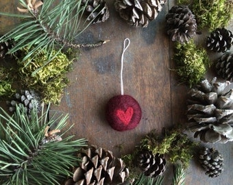Heart Christmas ornament, a round Garnet Red needle-felted holiday decoration, Valentine gift, needle felted heart ornament, waldorf gift