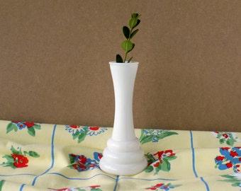 Art Deco Milk Glass Vase. Vintage Wedding Decor. Tea Party Table Accent. Floral Supplies. Housewares. Cottage Style.