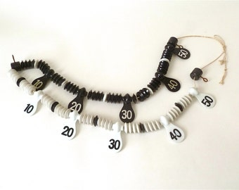 Vintage Plastic Billiard Beads, Scorekeeping Pool Beads, English Billiards, Snooker, Score Keeper, Scoreboard, Ready to Hang, Black White