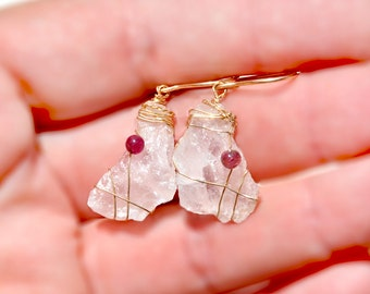 Rose Quartz Earrings. Pink Earrings. Quartz Crystal Earrings. Gold Filled Earrings. Raw Stone Earrings. Whimsical Earrings. Stone Jewelry