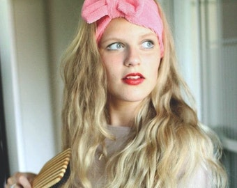 Bow Head Wrap in Baby Pink Terry Cloth - only one! - for Baths, Washing One's Face, Wet Hair etc.