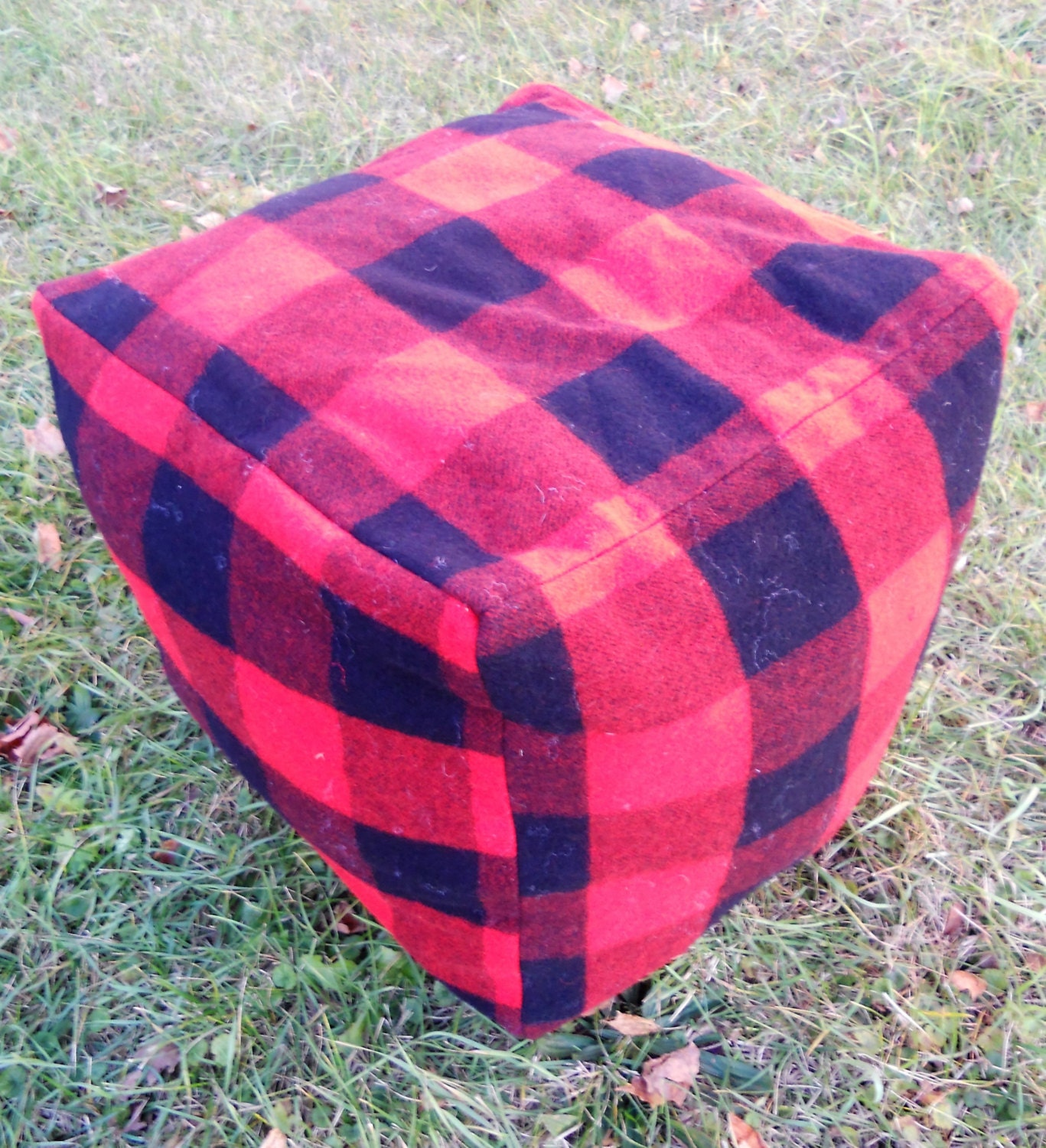 Red Plaid Carolers 18: Buffalo Plaid Black And Red Pouf 100% Wool 18 X