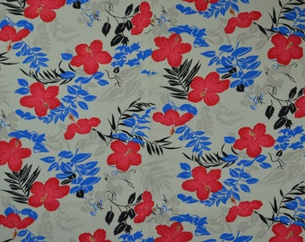 Red and Blue Floral Print Vintage Fabric Diagonal Print Cotton Twill Weave Cotton Retro Vibe 2.5 yards