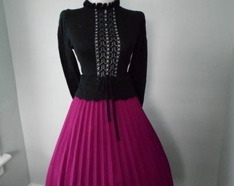 VINTAGE  1960s Fushcisa Purple Accordion Style Lucy Pinup Pleated Full Skirt
