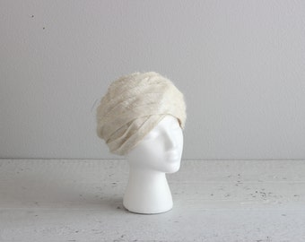 1960s Turban Hat . White Rose Hat . Womens Turban