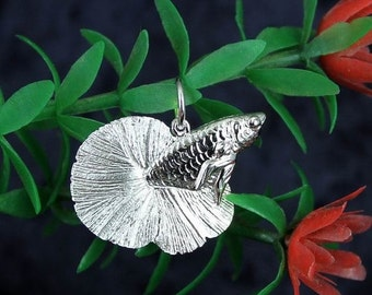 ON SALE Sterling Silver 3D Betta Fish Pendant Necklace