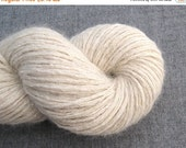 CLEARANCE Worsted Weight Recycled Silk Mohair Blend Yarn, Off White, 120 Yards, Lot 030415