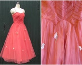 Vintage 1950's Prom Dress | 50s Coral Tulle Fit and Flare with Floral Appliques | Boned Bodice with Full Skirt  | H. Liebes | Size Small