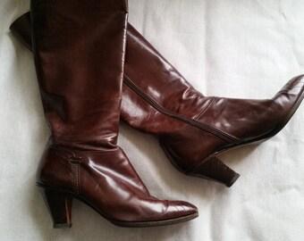 Shop closing sale Vintage Salvatore Ferragamo tall brown leather boots