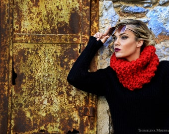 Red Knit Cowl, Super Chunky Cowl, Chunky Knitted Cowl, Red Cowl Scarf