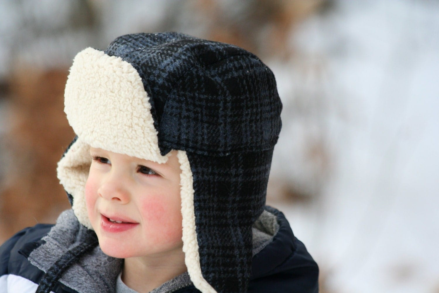 Buy Mad Bomber® hats and FRR™ Aviator hats at great prices! All made with real fur or real sheepskin. All made with real fur or real sheepskin. These fur lined ear flap trapper hats are this winter's hottest style/5(K).