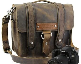 "10"" Distressed Tan Napa Safari Leather Camera Bag -  10-V-DIS-SMCAM"