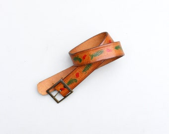 60s hand painted & tooled leather belt . 70s hippie belt - festival belt / Handmade in Paris - caramel leather / vintage 70s boho belt