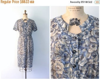 SALE / 1940s sheer cotton voile day dress - short sleeve floral print dress / 40s blue rose print dress / 50s sheer day dress - mid century