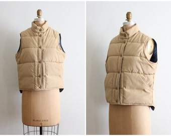 70s LL Bean ladies puffer vest - khaki & navy blue / vintage Bean vest - 70s campus style / 80s preppy jacket - Fall quilted vest