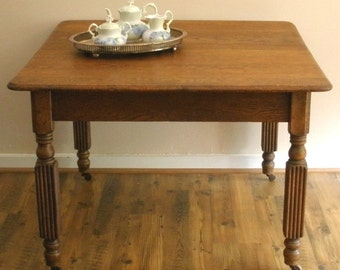 REDUCED! Antique English Light Oak Extending Dining Table with 3 Leaves.