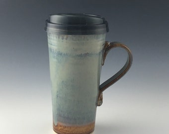Pottery Travel mug / Commuter mug with silicone lid - Natural-blue