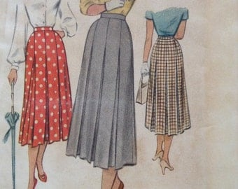 Vintage McCall 8086 50s Pleated Skirt Sewing Pattern 32 Inch Waist