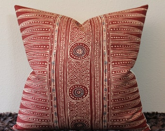 "Suzanne Rheinstein/Lee Jofa - Indian Zag Ethnic Print in Paprika - Marsala Color - Boho Chic- 20"" x 20"" Square Designer Pillow Cover"