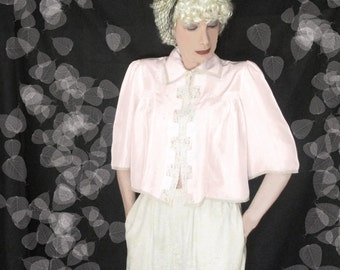 40s Pink Rayon Bed Jacket - Vintage BedJacket 1940s - Embroidery & Ecru Lace