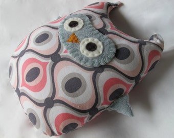 Mod Owl Toy - Pink and Grey - Stuffed Owl - Retro Modern - Pink Owl Toy