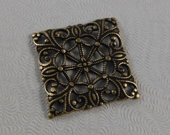 LuxeOrnaments Oxidized Brass Square Filigree Connector Focal 20x20mm (2 pcs) S-9172-B