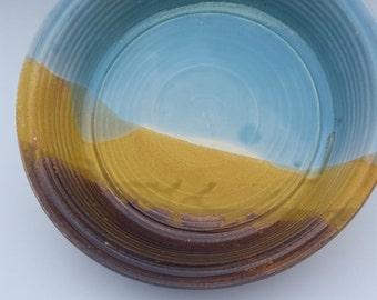 Pottery Pie or Quiche Dish Serving bowl in Prairie Vista landscape perfect for entertaining Thanksgiving