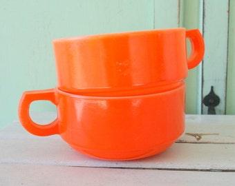 Vintage ORANGE Mug Bowl Retro Set of 2....mug. orange cup. drink. coffee. tea. bright. 1970s. 1960s. kitsch. drinking, serving. soup. eat