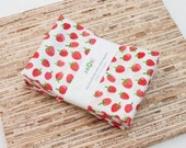Large Cloth Napkins - Set of 4 - (N5023) - Strawberries Modern Reusable Fabric Napkins