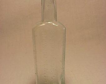 c1890s Dr. King's New Discovery H. E. Bucklen Chicago, ILL., Trial Bottle Sample Bottle, Medicine bottle