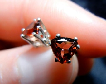 Dark red garnet trillions in sterling silver basket stud post earrings (the birthstone for January)