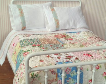 Double Doll Bed Victorian Style Metal Bed for Blythe or Barbie