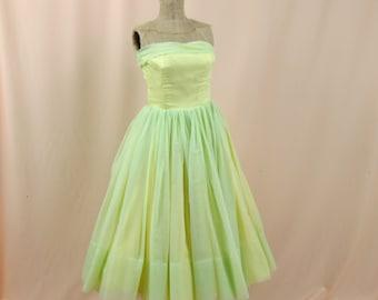 50s Prom Dress * Lite Green Prom Dress * Full Skirt Prom Dress * 1950s Prom Dress * Formal Dress * Party Dress * 50s Cocktail Dress
