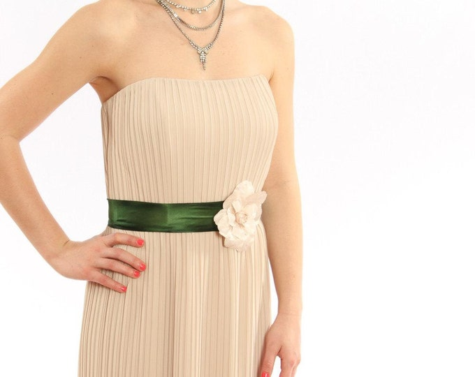 Green Silk Belt with Large Ivory Flower Bride / Bridesmaid Handcrafted in USA - Hand Dyed Silk Ribbon Sash Off-White Silk Rose - 1000240