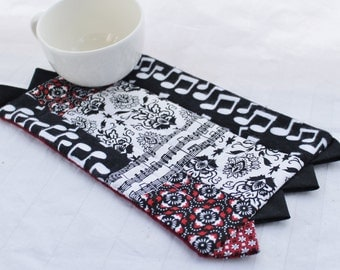 A Red, White, Black Musical Masterpiece Quilts Mug Rug