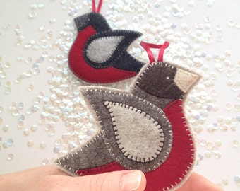 FELT BIRD ornament - ROBIN - handcrafted from 100% wool felt - Christmas and Holiday decor