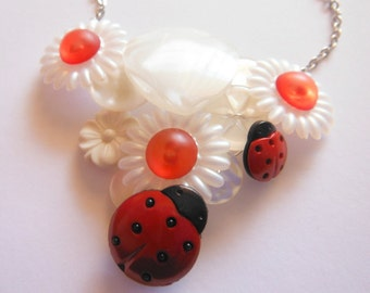 Daisies Ladybug Button Necklace