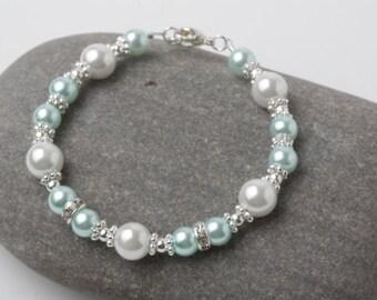 Mint Bridesmaid bracelet, mint Wedding jewelry, Mint pearl bracelet, mint bridesmaid gift, mint pearl jewelry, flower girl bracelet