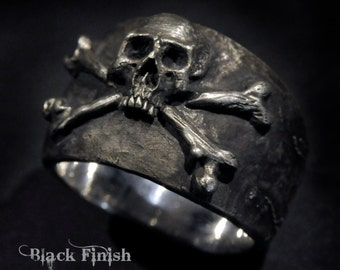 Skull Ring,Large Size,Pirate Ring,Skull and Crossbones Ring,Mens Silver Skull Ring, Biker ring, Rocker ring,.925