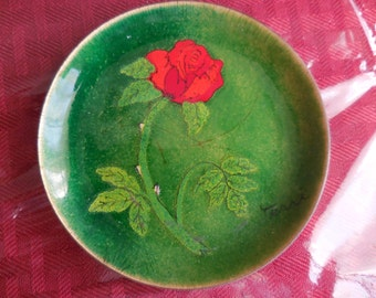 Vintage 1950s to 1960s Bovano of Cheshire Enamel Small Dish Green With Bright Red Rose Signed Terri Round Signed